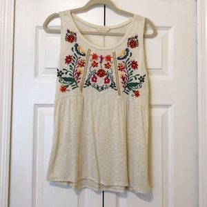 Pretty Sleeveless Floral Top